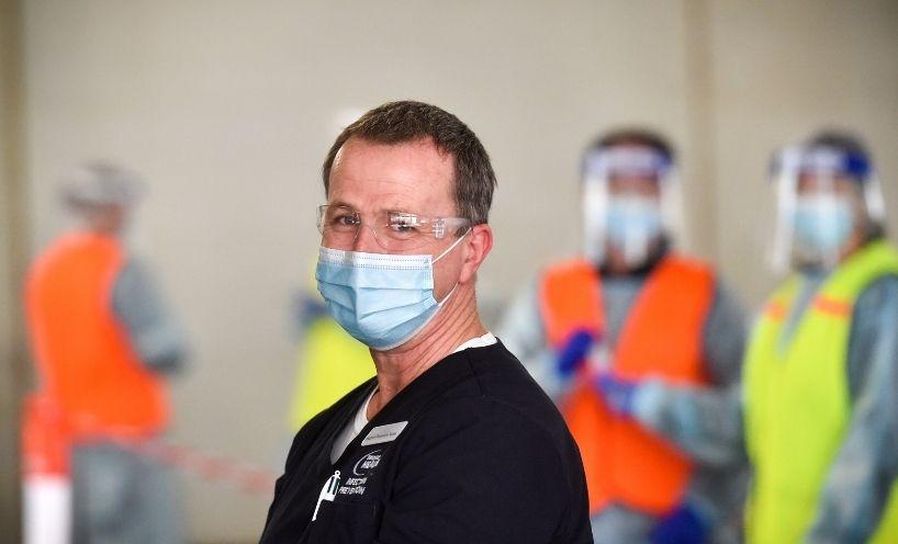 Medical staff member in PPE